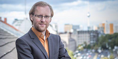 Portrait Daniel Reichelt, einer der drei Gründer der AKR Consult Unternehmensberatung